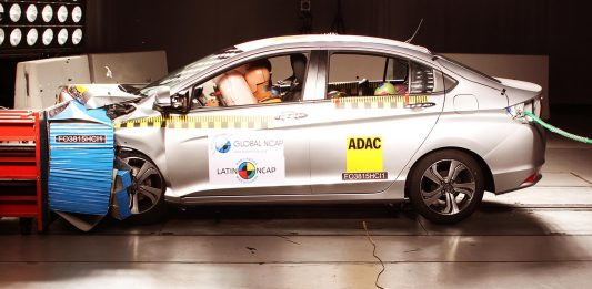Airbag crash test Latin NCAP Doutor-IE