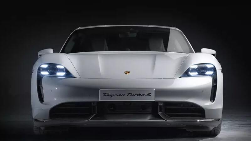 Porsche Taycan elétrico