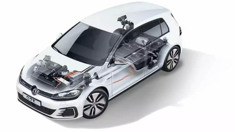 Volkswagen Golf GTE híbrido plug-in