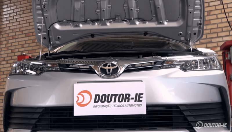 Toyota Corolla 1.8 - procedimento troca de óleo transmissão CVT - veículo no elevador