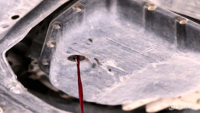 Toyota Corolla 1.8 - procedimento troca de óleo transmissão CVT - óleo escorrendo