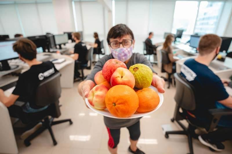 Doutor-IE - Frutas para os colaboradores